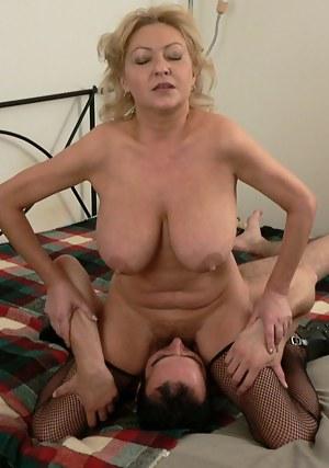 Big Tits Facesitting Porn Pictures